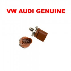 GENUINE Fuel Pressure Sensor on Injector Rail Audi Volkswagen